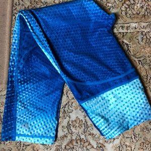 GAP GapFit Size XS YOGA RUNNING Pants blue prin